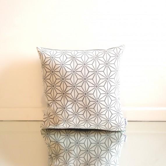 pieddecoq-coussin-pillow-design-asanoha-01